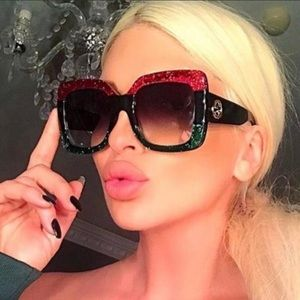 ✨100% authentic Red & Green Gucci sunglasses